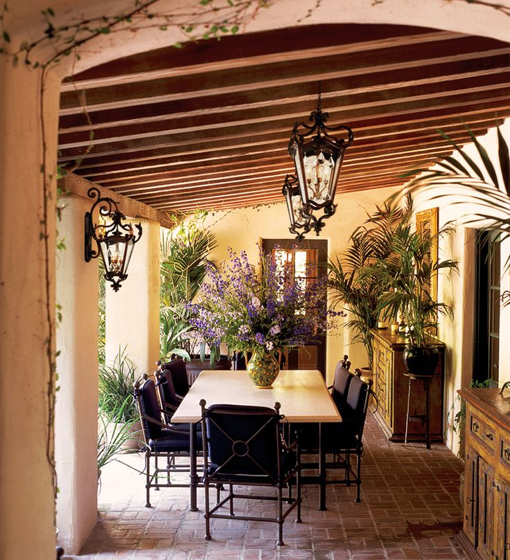 Come arredare casa in stile mediterraneo for Case in stile mediterraneo
